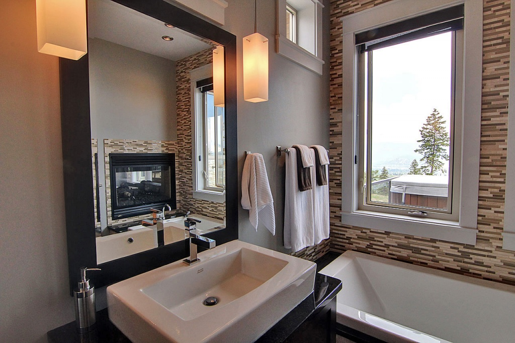 Kelowna, Okanagan Renovators | Accent Renovations Residential Renovations Montenegro Sink & Tub